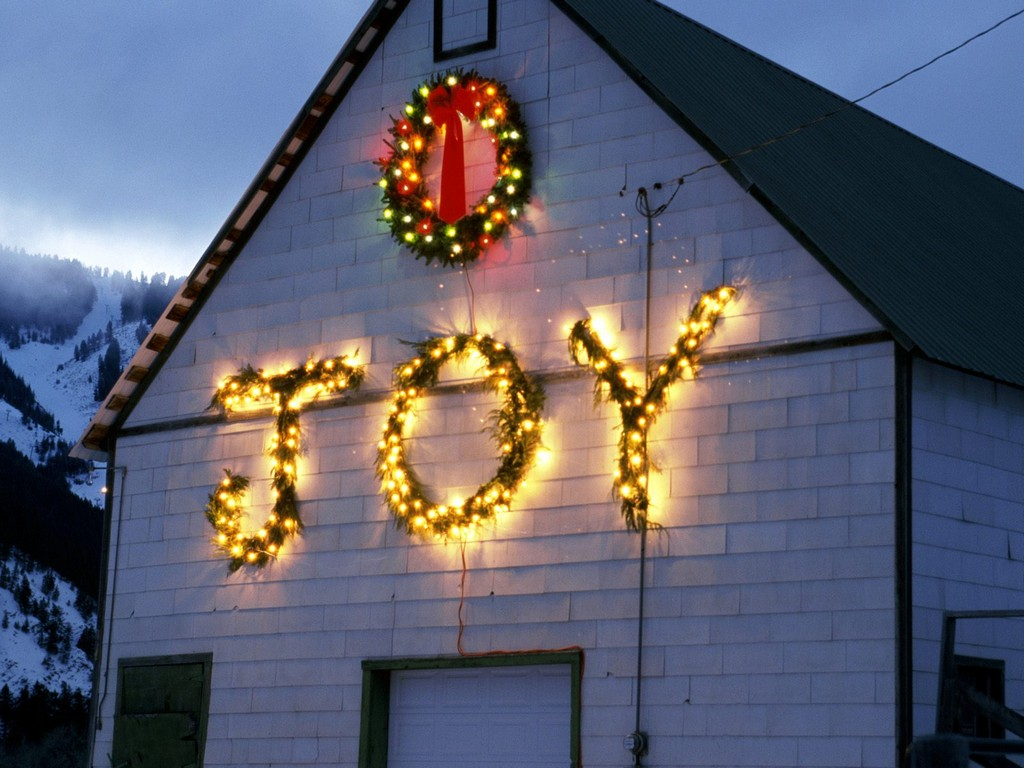 winter christmas lights decorations outdoor pictures pics, christmas cake decorations, christmas decorations carolers