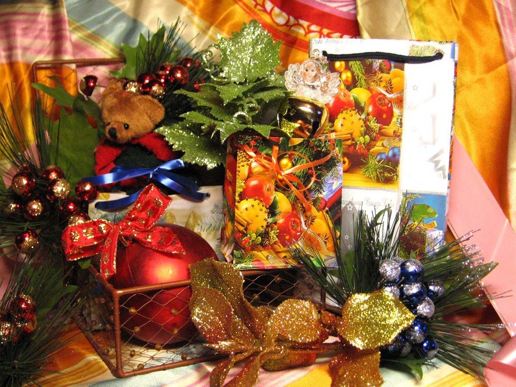christmas decorations online, church christmas decorations, christmas decorations for tables