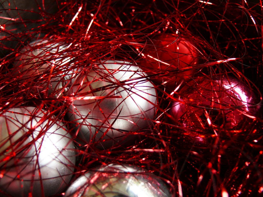 search aluminum christmas trees, fairyland aluminum christmas trees, pom pom aluminum christmas trees