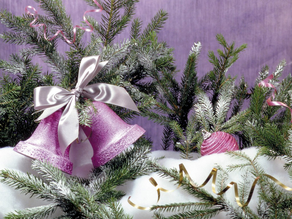 deliver decorated christmas tree, live decorated christmas trees